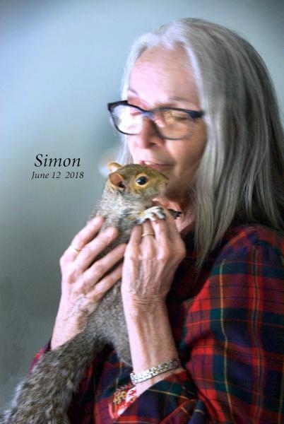 Name:  Simon hug1.jpg Views: 71 Size:  85.3 KB